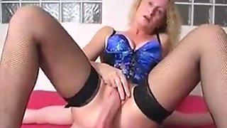 Slut wife takes huge load