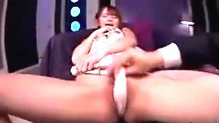 Okazaki Emiri - Jerk you off with my foot?