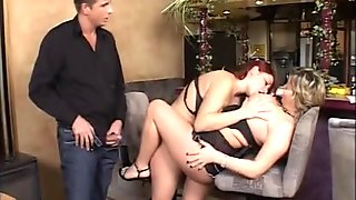 chubby lasdis in amateur threesome