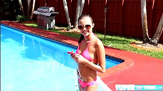 Shaved brunette Carolina Sweets gets her pussy fucked by instructor