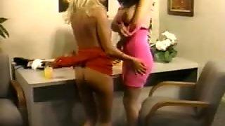 Nikki Wilde & Leanna Foxxx