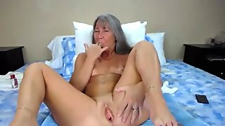 Old mother Leilani with glasses pounds her squirting twat